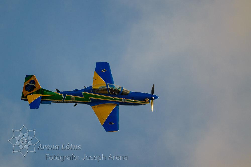 avioes-planes-esquadrilha-da-fumaça-campos-do-jordao-joseph-arena-lotus-arenalotus-fotografo-photographer-fotografia-photography-001