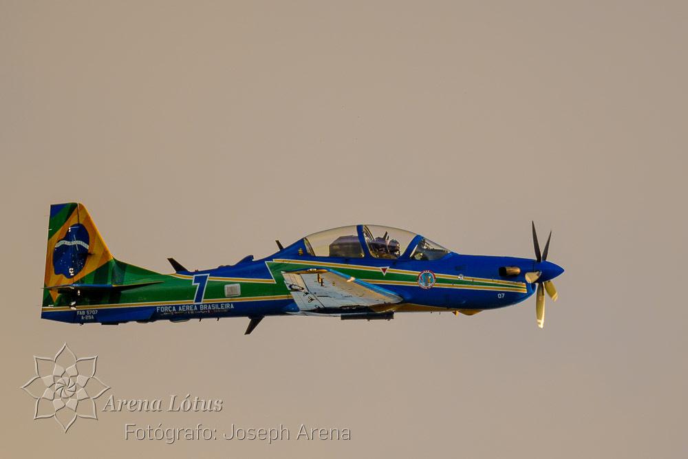 avioes-planes-esquadrilha-da-fumaça-campos-do-jordao-joseph-arena-lotus-arenalotus-fotografo-photographer-fotografia-photography-002