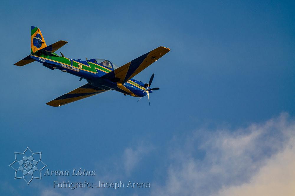 avioes-planes-esquadrilha-da-fumaça-campos-do-jordao-joseph-arena-lotus-arenalotus-fotografo-photographer-fotografia-photography-003