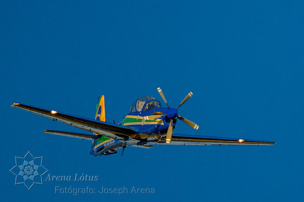 avioes-planes-esquadrilha-da-fumaça-campos-do-jordao-joseph-arena-lotus-arenalotus-fotografo-photographer-fotografia-photography-004