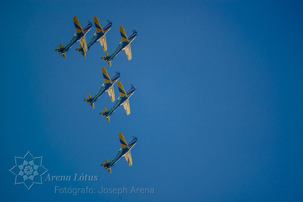 avioes-planes-esquadrilha-da-fumaça-campos-do-jordao-joseph-arena-lotus-arenalotus-fotografo-photographer-fotografia-photography-029