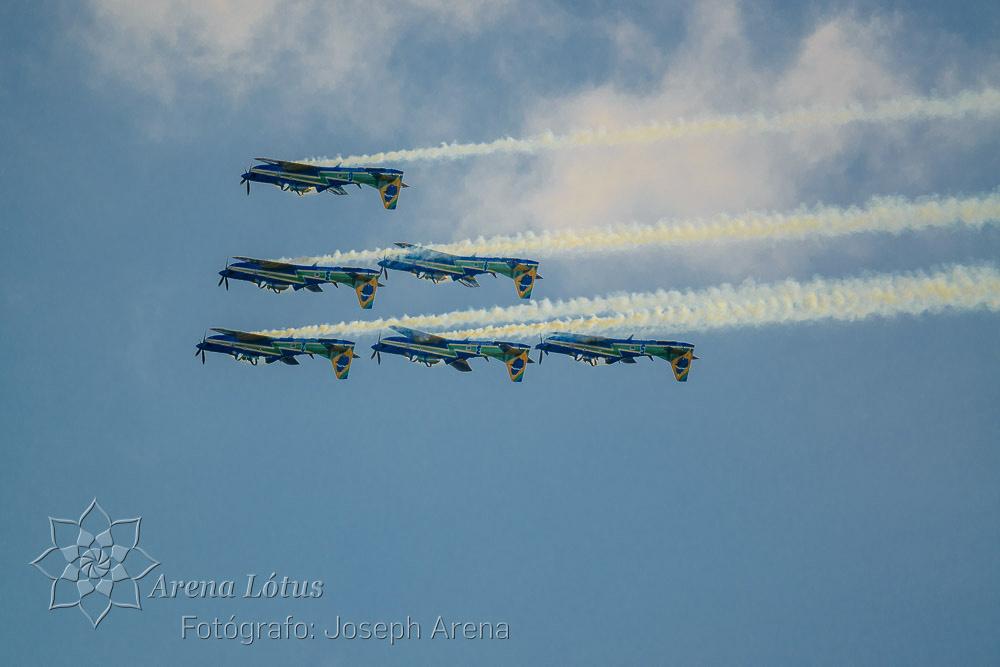 avioes-planes-esquadrilha-da-fumaça-campos-do-jordao-joseph-arena-lotus-arenalotus-fotografo-photographer-fotografia-photography-034
